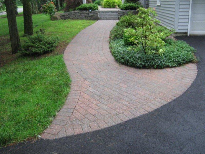 Img_1722 Brick Walk After